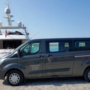 Ford transit Tourneo Custom minivan 9 θέσεων 12