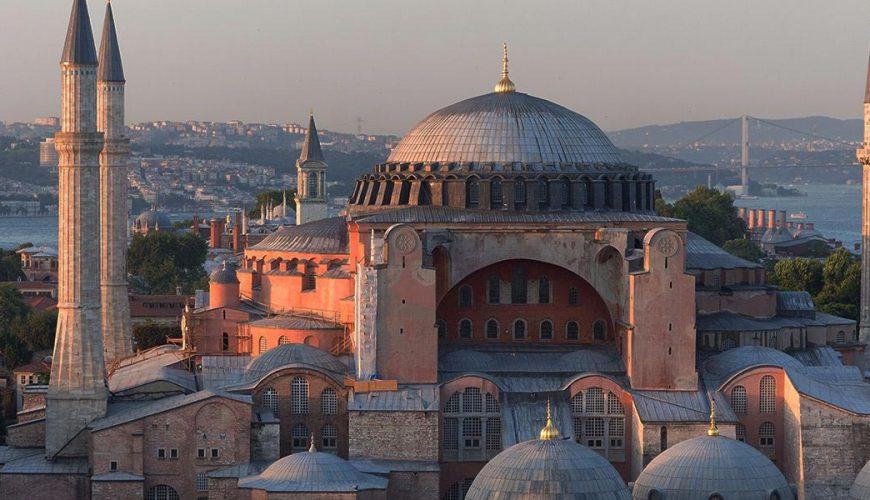 """8 μέρες / 7 νύκτες """"Εκλεκτό Αιγαίο"""" Κωνσταντινούπολη-Τσανάκκαλε & Τροία, Θεσσαλονίκη-Βόλος-Σαντορίνη 2021 & 2022 5"""
